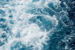 泡沫似的地中海水 免版税库存照片