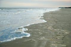泡沫似的海浪 免版税库存图片