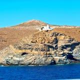 泡沫和泡沫从小船海岛的希腊地中海se的 库存照片