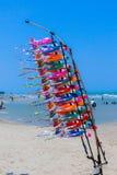 泡沫飞机在海滩卖 库存图片