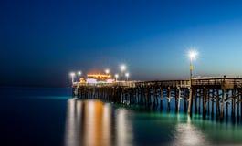 巴波亚码头长的曝光在新港海滨加利福尼亚 库存照片