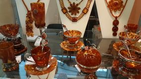 从波儿地克的琥珀的Jewelery 股票视频