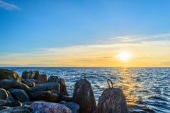 波儿地克的美好的平静海运日落 免版税库存照片