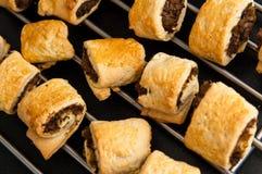 波兰圣诞节饼用蘑菇和圆白菜 免版税图库摄影