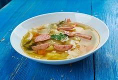 波兰香肠和圆白菜汤 库存照片