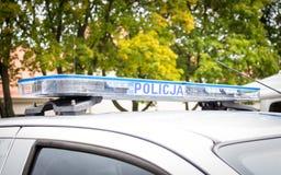 波兰,波兹南- 2016年10月1日 Policja -在汽车的标志波兰警察 免版税库存图片