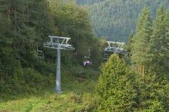 波兰, Pieniny山,驾空滑车在夏天 库存图片