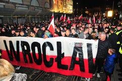 波兰wroclaw 2018年11月11日 3月民族主义者在波兰,弗罗茨瓦夫庆祝100年恢复独立 库存照片