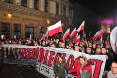 波兰wroclaw 2018年11月11日 3月民族主义者在波兰,弗罗茨瓦夫庆祝100年恢复独立 库存图片