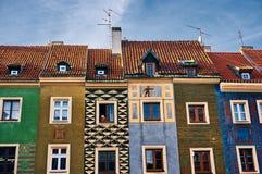 波兹南五颜六色的大厦 免版税图库摄影