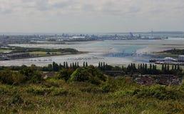 波兹毛斯著名港英国的南海岸的为周围的小山观看了 免版税图库摄影