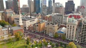 波士顿共同性国家资本鸟瞰图游行天联赛优胜者2018年 股票视频