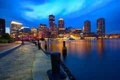 波士顿在爱好者码头马萨诸塞的日落地平线 免版税图库摄影