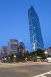 波士顿摩天大楼在晚上 免版税库存照片