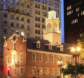 波士顿老状态议院黄昏的 库存图片