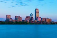 波士顿,美国:在日落的都市风景 库存图片