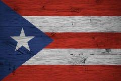 波多黎各国旗被绘的老橡木 免版税图库摄影