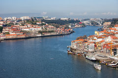 波尔图和盖亚都市风景在葡萄牙 图库摄影