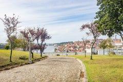 波尔图波尔图都市风景加亚新城的顶视图公园 库存图片