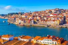 波尔图波尔图都市风景  杜罗河河谷,葡萄牙的美丽的景色 库存照片