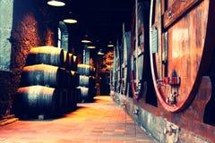 波尔图葡萄酒桶,盖亚葡萄牙的区域 免版税库存照片