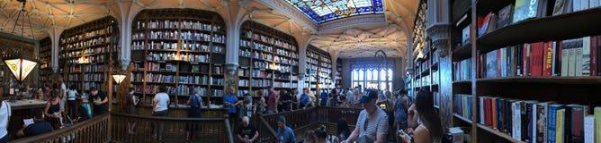 波尔图,葡萄牙- 2018年9月:著名莱洛书店在波尔图,葡萄牙 库存图片