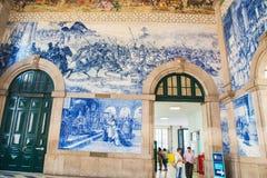波尔图,葡萄牙- 2016年8月08日:São Bento火车站波尔图,葡萄牙 库存照片
