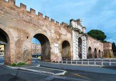 波尔塔圣乔瓦尼,罗马意大利 库存照片
