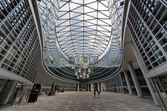 波尔塔的Nuova摩天大楼在米兰,意大利 库存照片
