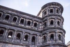 波尔塔老黑黑色门-最大和最保存良好 库存照片