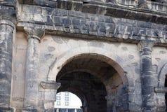 波尔塔老黑黑色门-最大和最保存良好 免版税库存图片