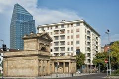 波尔塔garibaldi,米兰-其中一个老城市门 图库摄影
