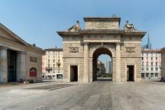 波尔塔garibaldi,米兰-其中一个老城市门 免版税图库摄影