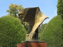 波尔塔Italica,铜雕塑伊戈尔Mitoraj 图库摄影