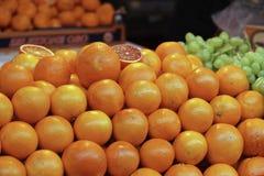 波尔塔Palazzo市场在都灵意大利 免版税库存照片