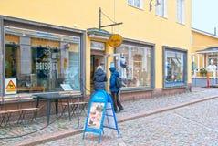 波尔沃 芬兰 巧克力工厂商店在老镇 免版税库存照片