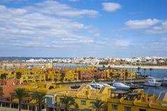 波尔蒂芒的游艇小游艇船坞 algarve葡萄牙 免版税库存图片