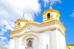 波帕扬,哥伦比亚- 2018年2月06日:圣荷西教会门面室外看法,这个寺庙接受了创新 免版税库存照片