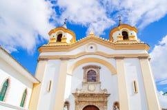 波帕扬,哥伦比亚- 2018年2月06日:圣荷西教会门面室外看法,这个寺庙接受了创新 免版税图库摄影