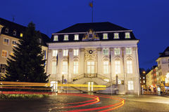 波恩Rathaus在晚上 免版税库存照片
