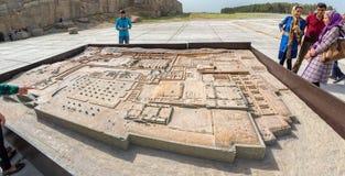 波斯波利斯废墟的比例模型  库存图片