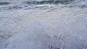 波浪崩溃特写镜头浪花 库存图片