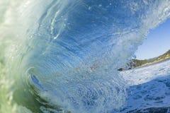 波浪打破 图库摄影