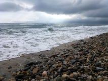 波浪海在Asprovalta,希腊 库存照片