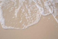 波浪的运动在沙子的为ba是光滑和美好的 库存照片