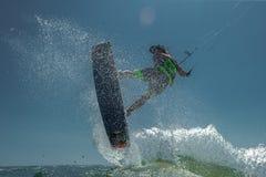 波浪的风筝Boarding.Kite冲浪者 库存图片