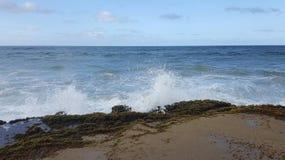 波浪崩溃 库存照片