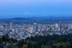 波特兰俄勒冈从Pittock豪宅的市全景 库存图片