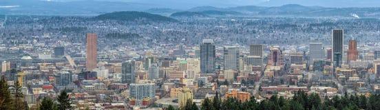 波特兰俄勒冈都市风景全景 免版税库存图片