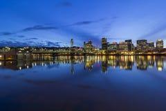 波特兰市街市都市风景蓝色小时 免版税库存照片